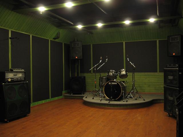 Репетиционная комната Green репбазы Under The Ground
